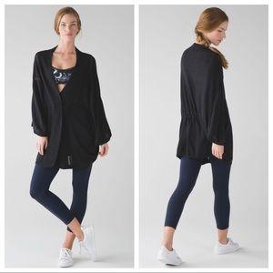 Lululemon | Breeze Easy Wrap in Heathered Black